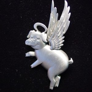 'When PIGS Fly ~ Angel' Pin Brooch